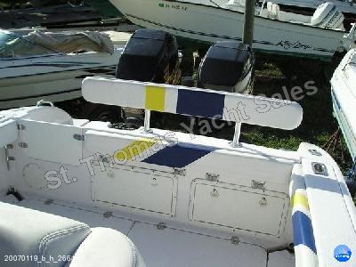 Boat data Powerboat Donzi 30 ZF